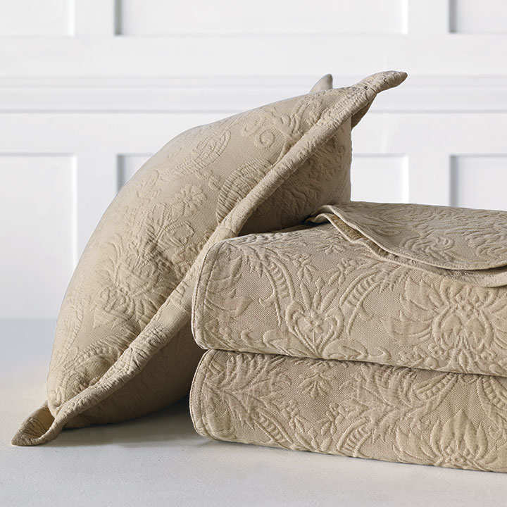 Sandrine Matelasse - Maple - bed skirt, grand sham, coverlet, throw, euro sham, king hsam, standard sham, boudoir, bed pillow, pillow, decorative pillow, accent pillow, throw pillow, flange, neutral, natural, 100% cototn, cotton, matelasse, quilted, bedding, bedding collection, bedset, home décor, home goods, accessories, interior design, cozy, soft, texture, luxury, luxurious, expensive, high end, high quality, good quality, Portugal, woven, Egyptian, egyptian cotton, damask, floral, traditional, design, pattern, motif, jacquard, ecru, beige, brown, maple, earthy, earth