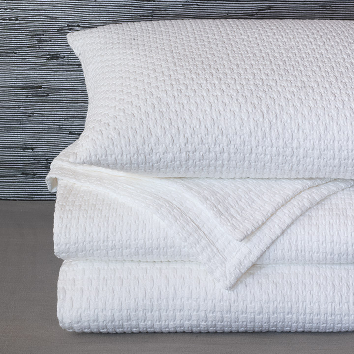 Albany - bedding, washable, convenient, practical, coverlet, sham, pillow, matelasse, textured, 100% cotton, white, neutral, natural, organic, cozy, throw, bed, luxury, waffle, ivory, modern, contemporary, scandi, coastal, high-quality, high-end, long staple, layer, layering