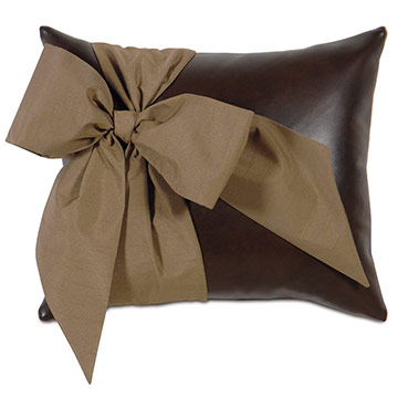 BELLE PILLOW E (HOFFMAN WALNUT)