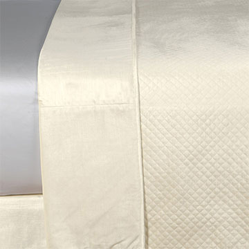 REUSS IVORY COVERLET
