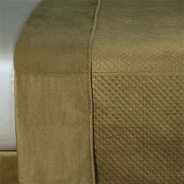 REUSS OLIVE COVERLET