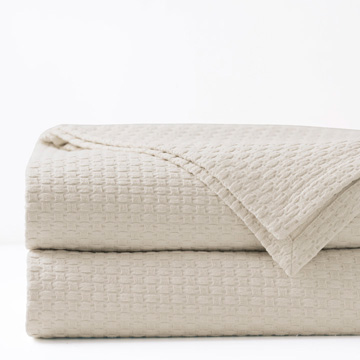TEGAN COVERLET IVORY