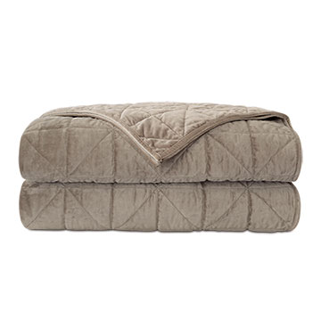 NOVA QUILTED VELVET COVERLET IN FAWN