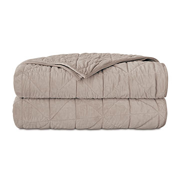 NOVA QUILTED VELVET COVERLET IN IVORY