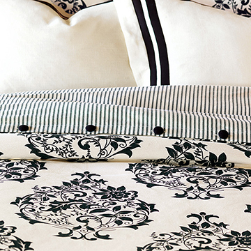 EVELYN DUVET COVER and Comforter