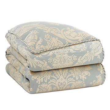 CARLYLE DUVET COVER and Comforter