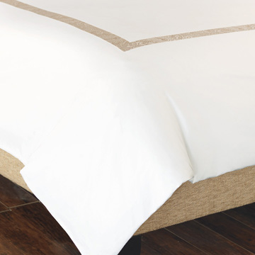 CORNICE WHITE/PEARL DUVET and Comforter