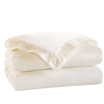 JULIET IVORY/IVORY DUVET COVER and Comforter