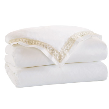 JULIET WHITE/IVORY DUVET COVER and Comforter
