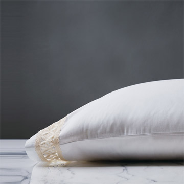 JULIET WHITE/IVORY PILLOWCASE