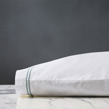 ENZO WHITE/LAKE PILLOWCASE