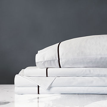 LINEA WHITE/WALNUT SHEET SET
