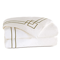 Grafico White/Oliva Duvet Cover