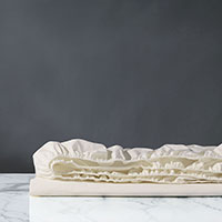 Vail Percale Fitted Sheet in Ivory