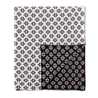 LENNON CRISS-CROSS KNIT THROW IN BLACK
