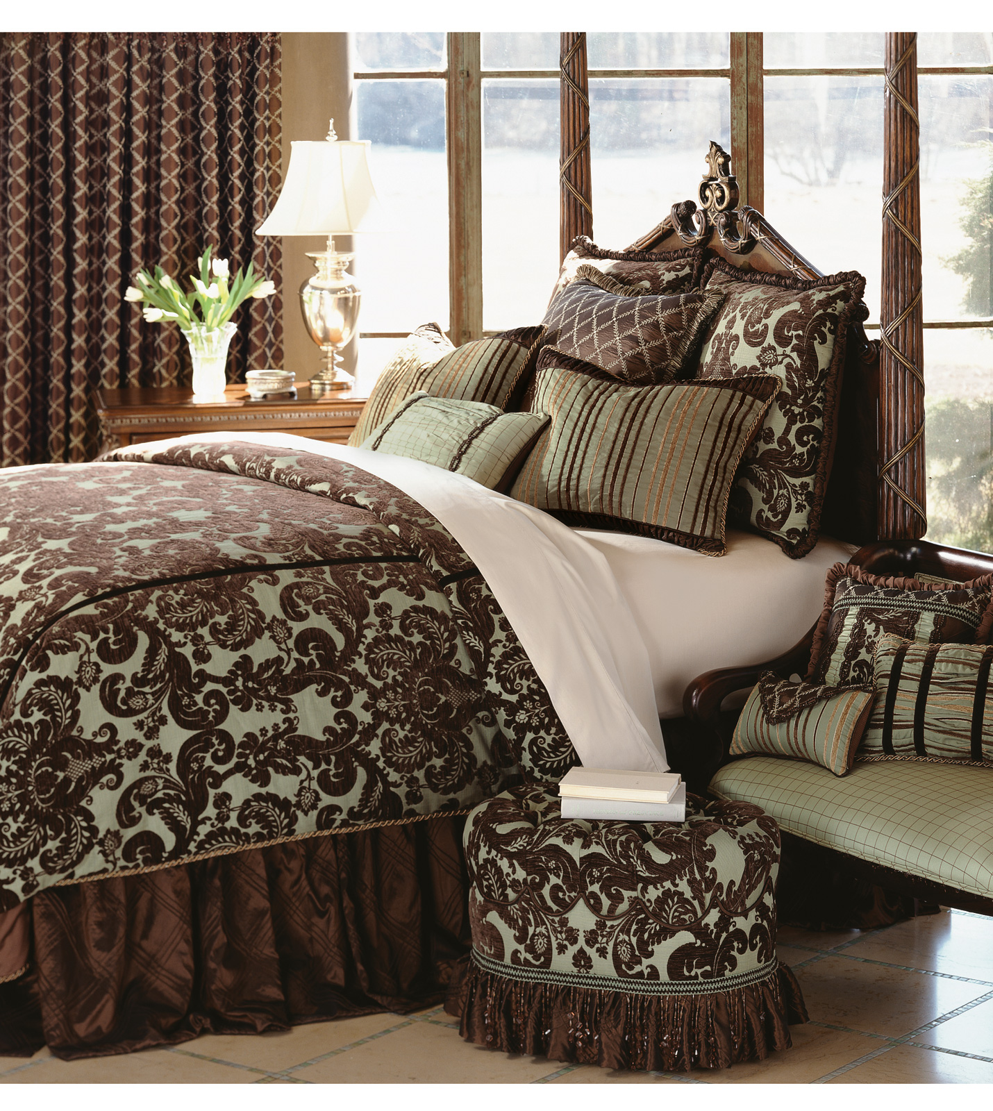Luxury Bedding by Eastern Accents - Cadbury Collection