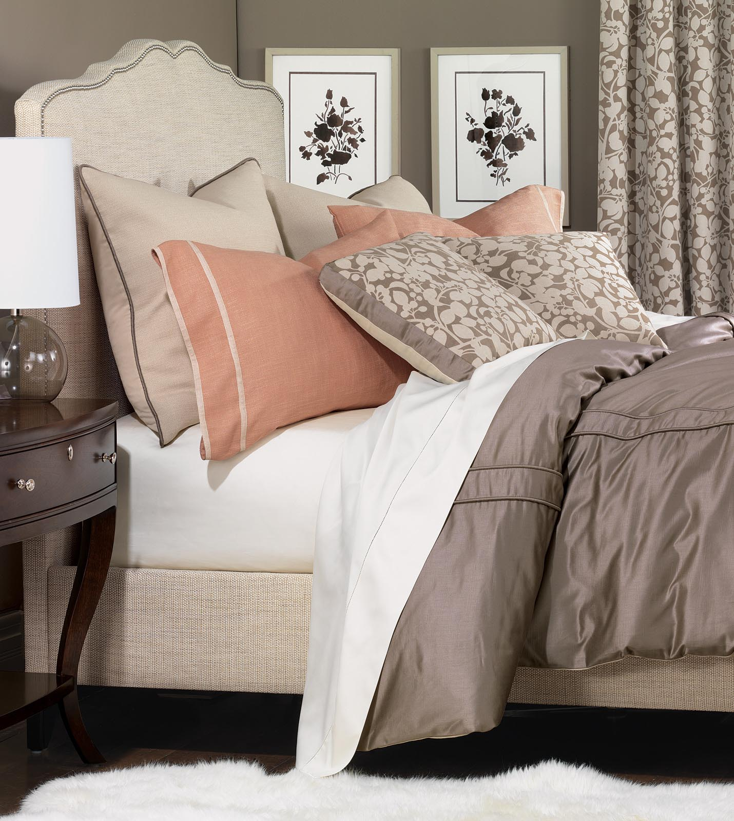 Niche luxury bedding by eastern accents walsh collection for Beautiful bedspreads