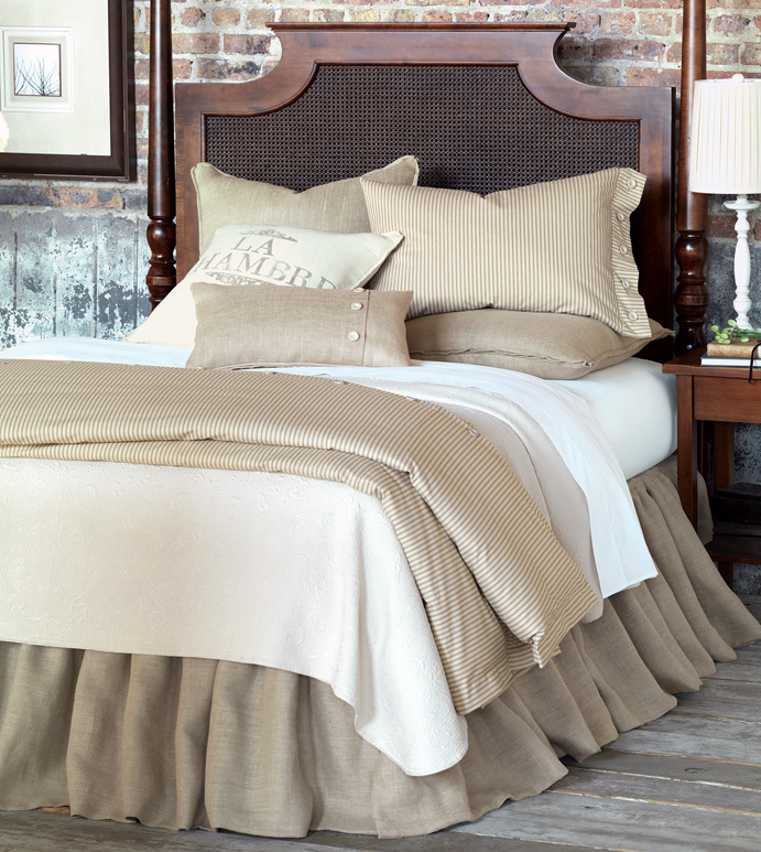 Fabulous Luxury Bedding by Eastern Accents - Rustique Burlap Collection QU87
