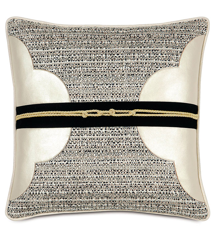 DECONSTRUCTED QUATREFOIL - BLACK,CLASSIC,CREAM,NEUTRAL,TRADITIONAL,PATTERNED,INTERIOR DESIGN,STYLE,BEDDING,LUXURY BEDDING,HOME DECOR,BEDROOM,ACCENT,SHINY,TRIM,CLOVER,ROPE,STRIPE,GOLD,CONTRAST,SQUARE,CORD