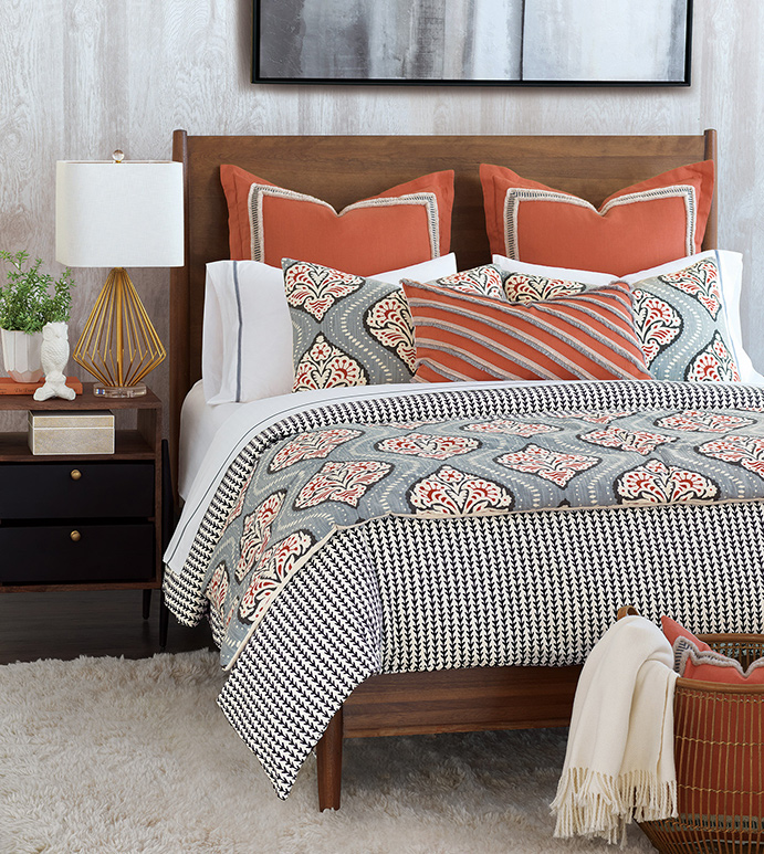 Bowie Bedset - BEDSET,PATTERNED,WHITE,BLUE,ORANGE,BLACK,AZTEC,SILVER,CONTEMPORARY,FRINGE,BEDDING,DECORATIVE PILLOW,BEDROOM,FLORAL DESIGN,GEOMETRIC PRINT,DUVET,SHAMS,BEACH HOUSE