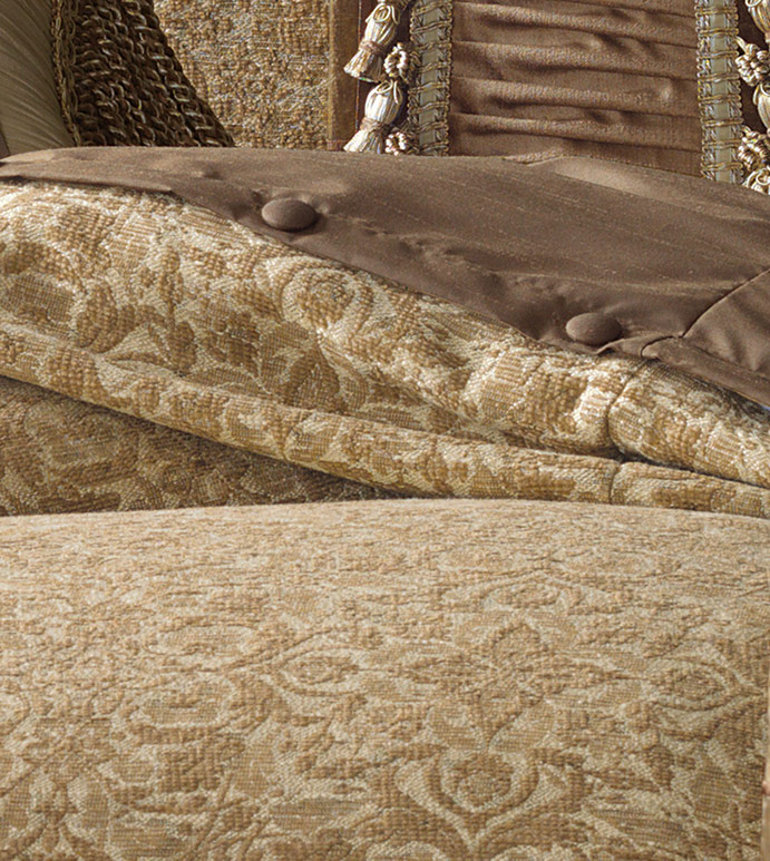 WONDROUS GOLD DUVET COVER