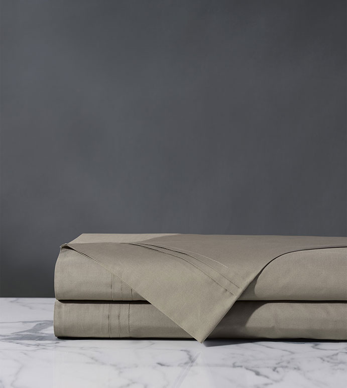 Vail Percale Flat Sheet in Fawn - FLAT SHEET,SHEET,SHEETS,PERCALE,COTTON,100% COTTON,EGYPTIAN COTTON,LUXURY,LUXURIOUS,HIGH-END,HIGH-QUALITY,CRISP,GRAY,WARM GRAY,FAWN,