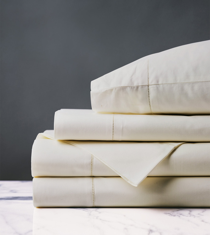 GIANNA IVORY SHEET SET