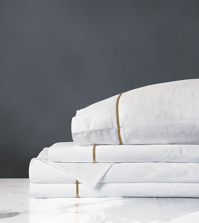 LINEA WHITE/ANTIQUE SHEET SET