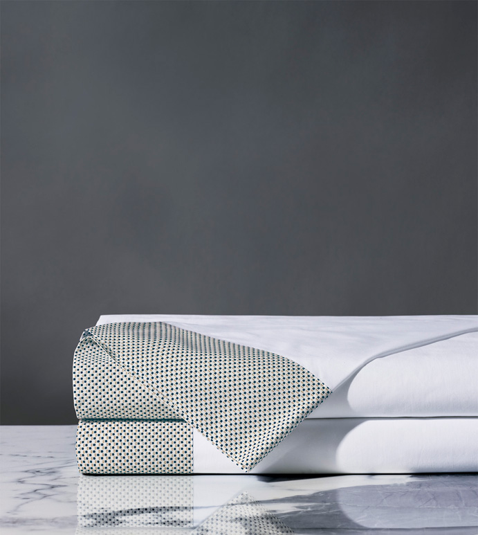 Kinsley Dotted Flat Sheet - thom filicia,fine linens,flat sheet,sheets,sheeting,flat sheet,fitted sheet,pillowcase,polka-dots,dotted,patterned,graphic,print,percale