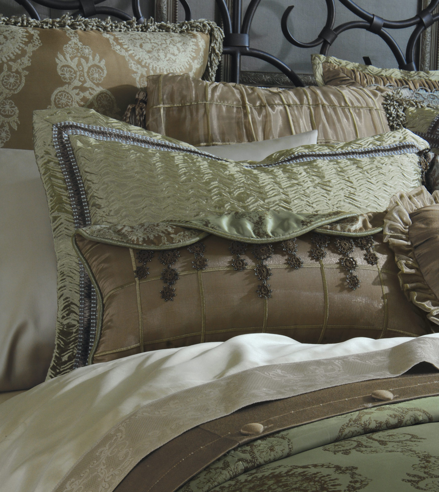 Luxury Bedding By Eastern Accents Marbella Collection