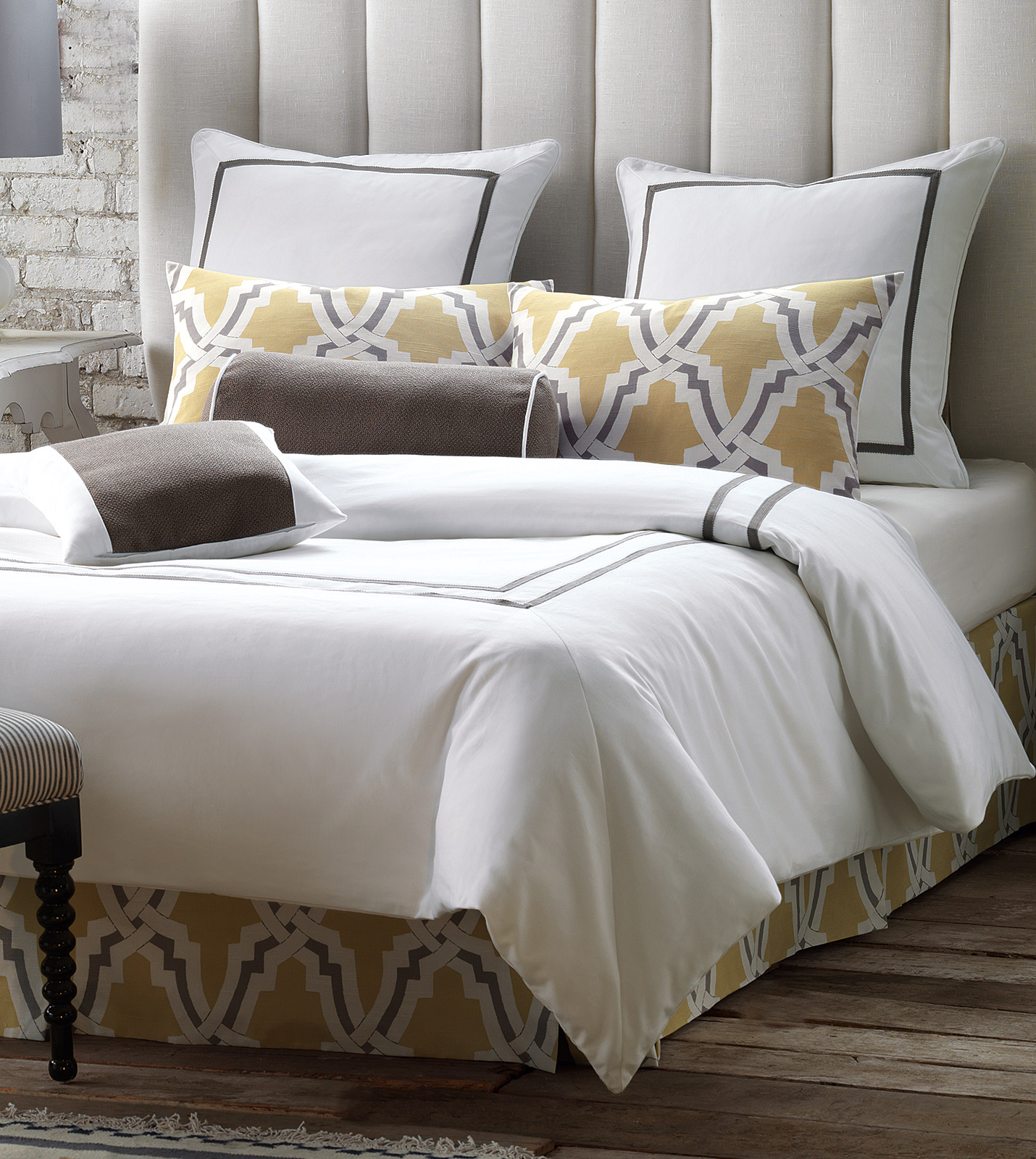 Niche Luxury Bedding By Eastern Accents Davis Collection