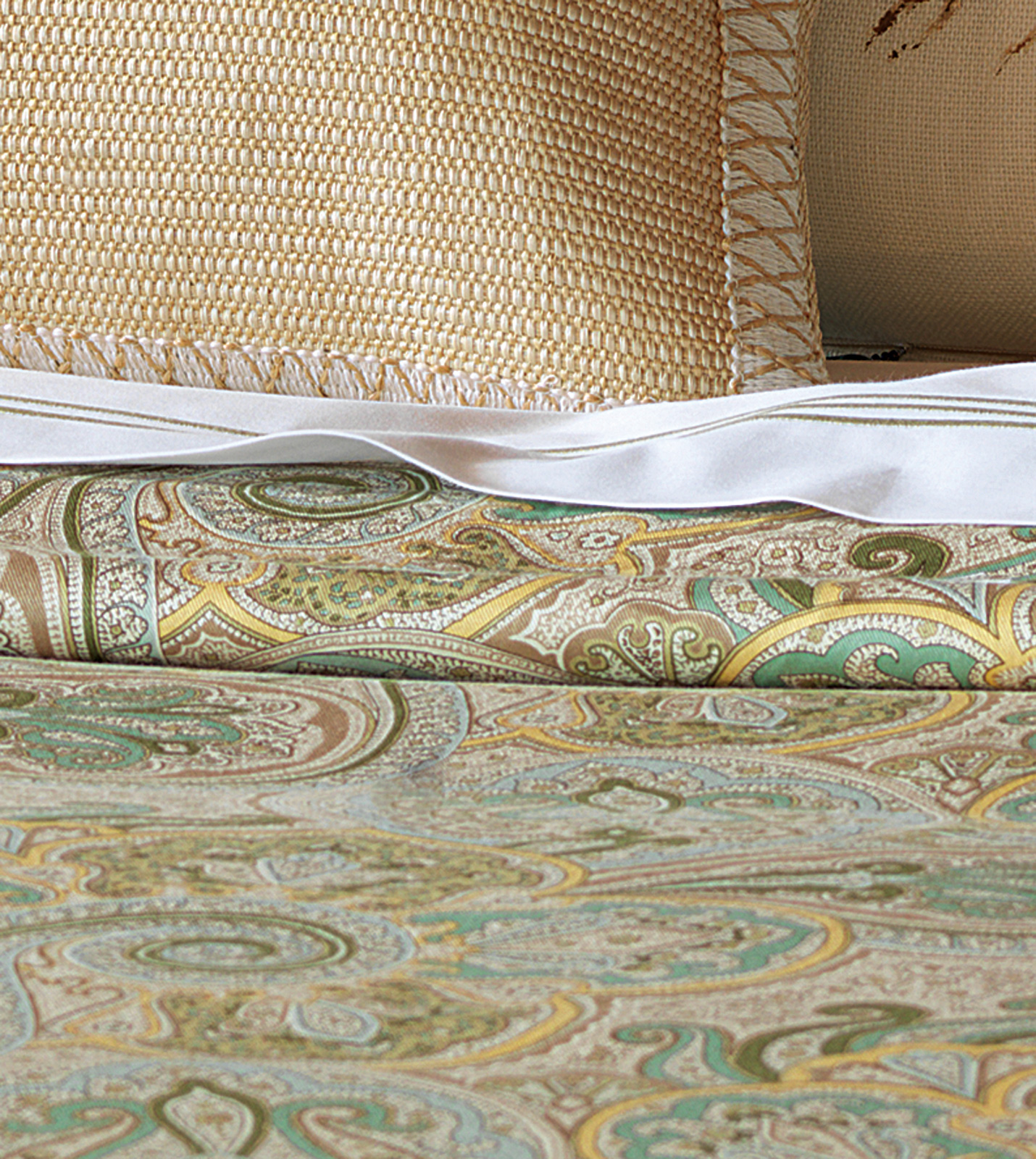 Hudson Park Bedding Haberdashery Queen Bed Skirt New Bed
